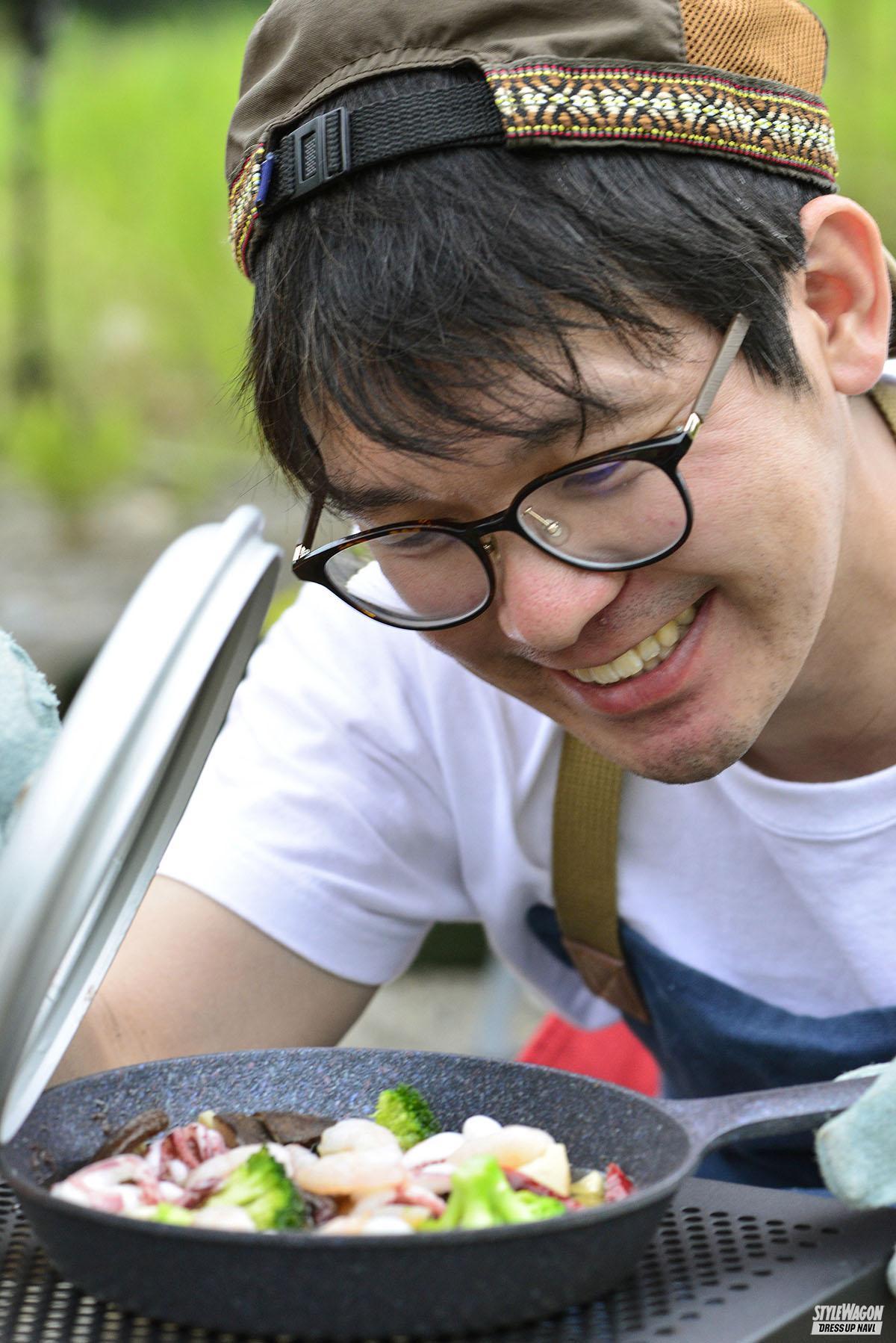 「【羨ましい! ジムニーのある生活_男のキャンプ】森の中で日常を忘れうまい料理を食らい笑う」の3枚めの画像