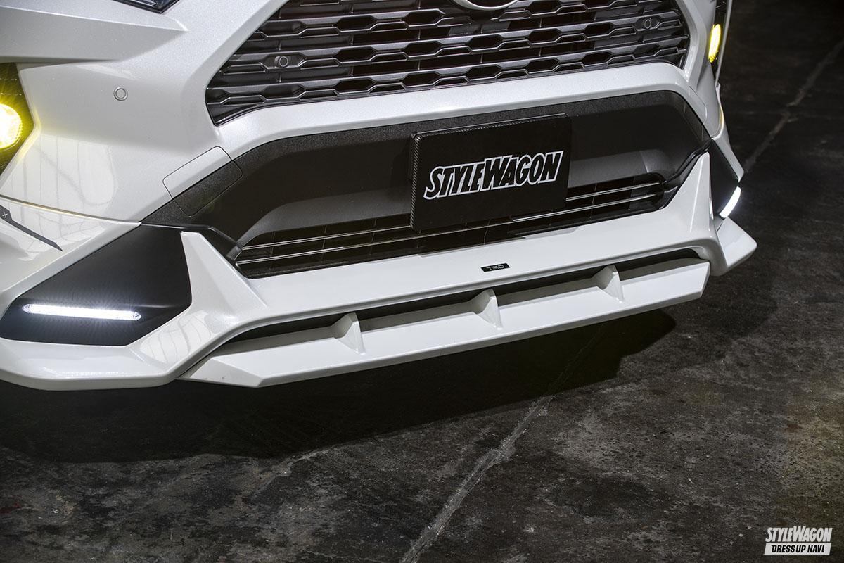 「【トヨタ 50系RAV4】TRD仕様だけじゃ物足りない!追加カスタムでローダウンもアリなストリートオフ仕様へ」の1枚めの画像
