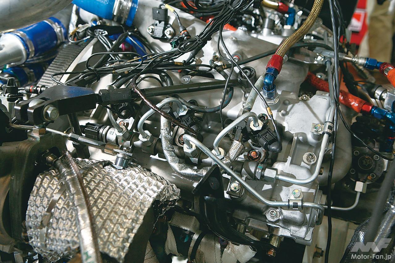 「内燃機関超基礎講座 | 三菱のダカール用ディーゼルはまさに常識破り! 量産ガソリンエンジンがベース」の2枚目の画像