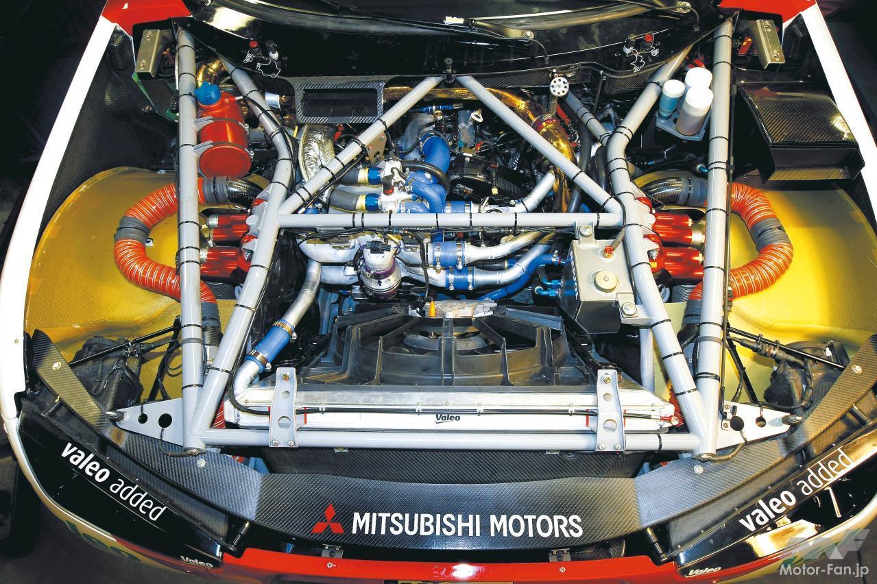 「内燃機関超基礎講座 | 三菱のダカール用ディーゼルはまさに常識破り! 量産ガソリンエンジンがベース」の3枚目の画像