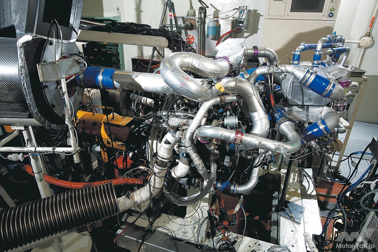 「内燃機関超基礎講座 | 三菱のダカール用ディーゼルはまさに常識破り! 量産ガソリンエンジンがベース」の4枚目の画像