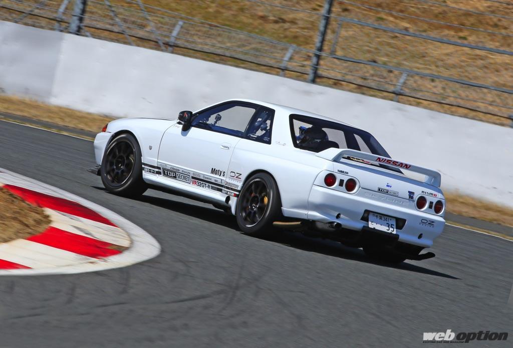 「「トップシークレットのVR32GT-Rはどのくらい速いの!?」富士スピードウェイで最高速アタックを敢行!」の12枚目の画像