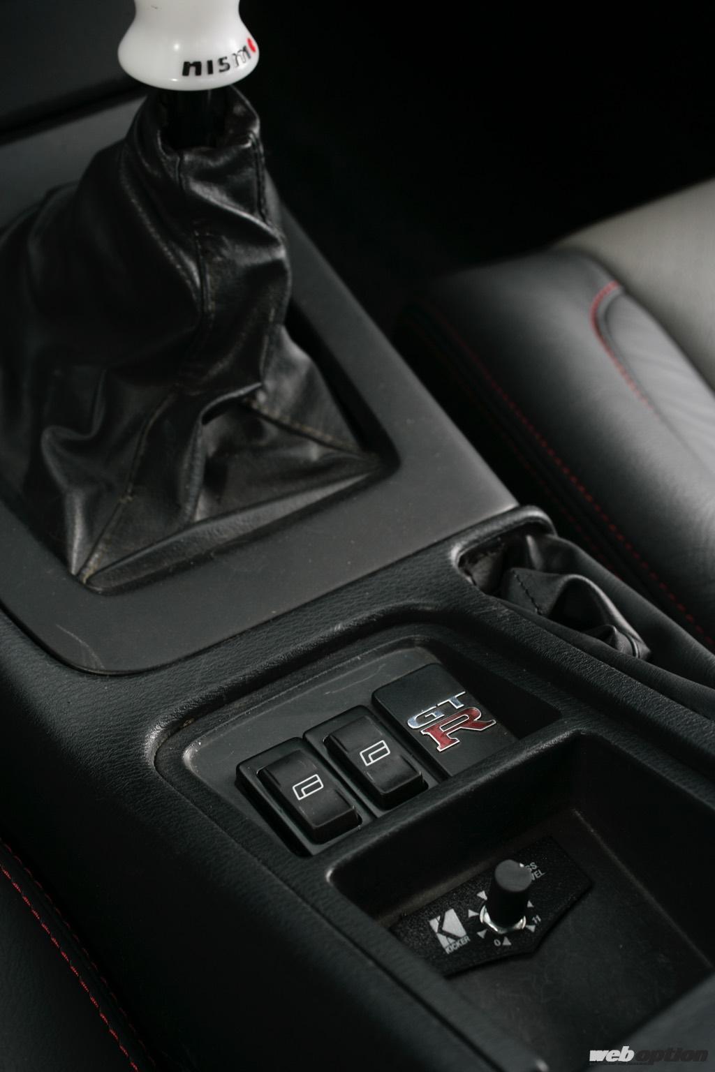 「「エンジンから内装までGT-R化したS30Zの衝撃!」これはサンマルの皮を被ったBCNR33だ!?」の2枚目の画像