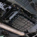 「このR33型スカイラインセダンは掟破りすぎる」爆発的な加速を生むRB30改シングルターボをオートマで楽しむ! -