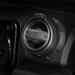 「ジムニー乗り感涙のパーツがついに登場!」車内のイメージを壊さないドリンクホルダー爆誕 - KY3X9957